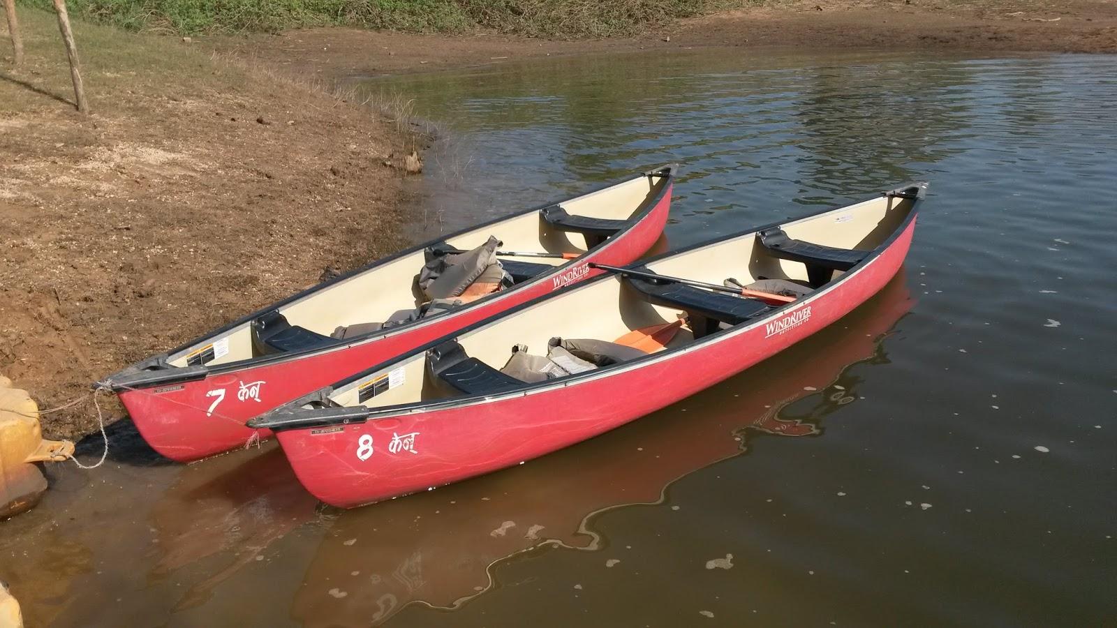 Satpura National Park - Canoe Safari In Satpura